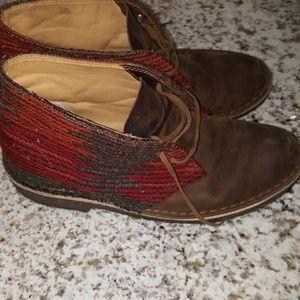 Clark's Desert boot in Woolrich Aztec  8 1/2 boots